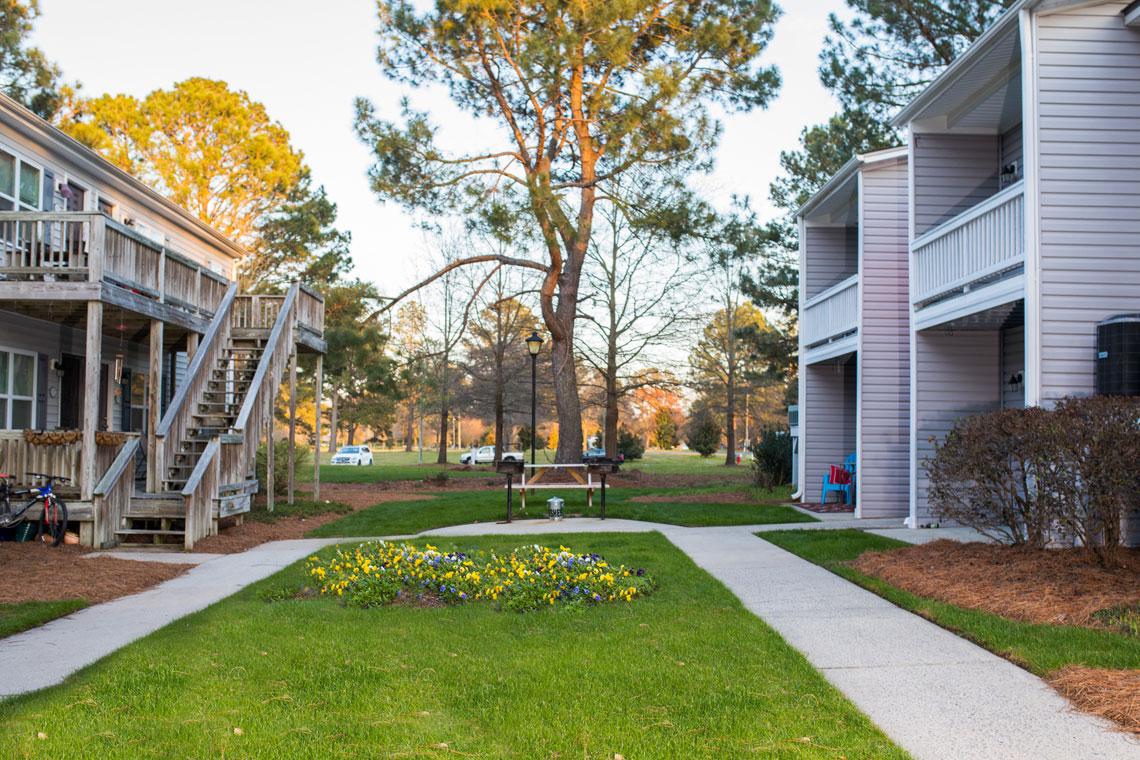 Ashton Woods Courtyard