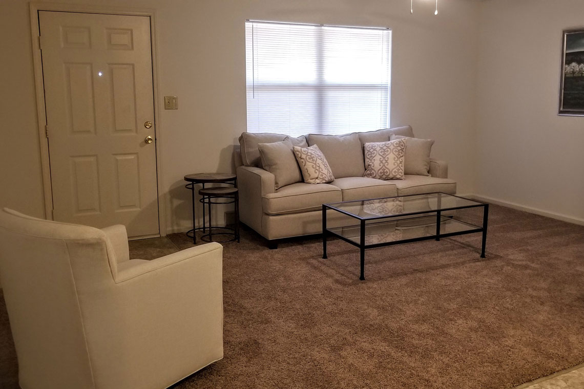 Wesley South at ECU & Brookfield at Lynndale - 1 Bedroom Living Area